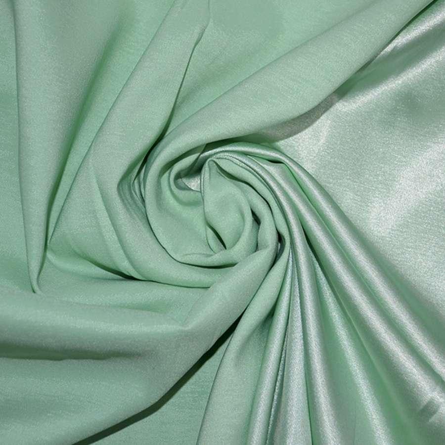Атлас стрейч хамелеон зеленый ш.150