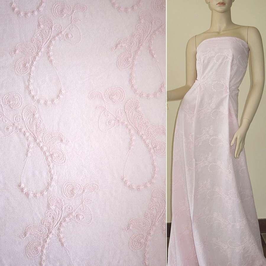 батист бледно-розово-персиковый вышитый рубашечный