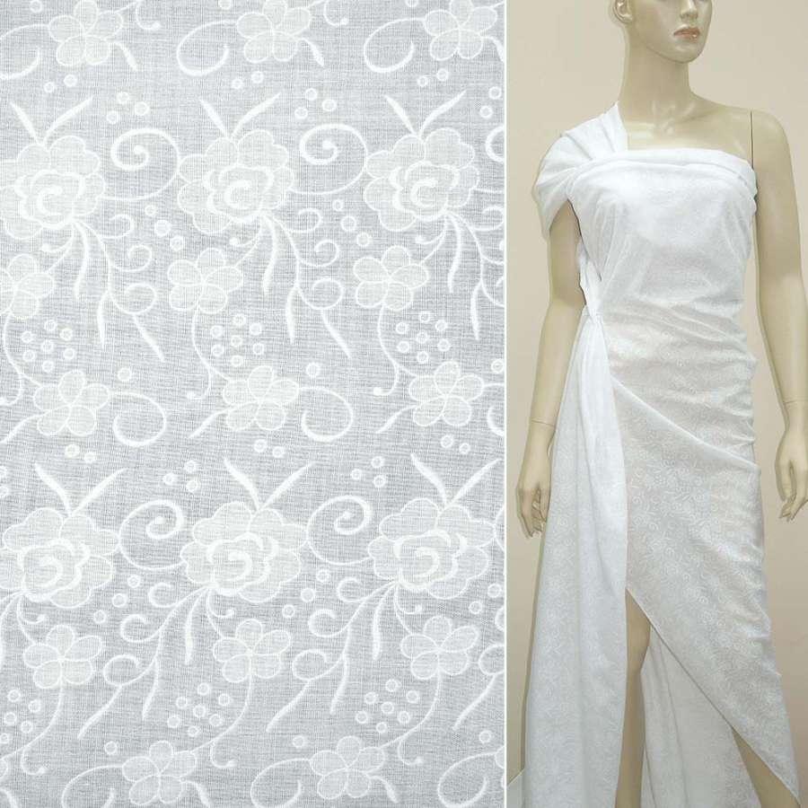 Батист деворе білий троянди з завитками ш.140