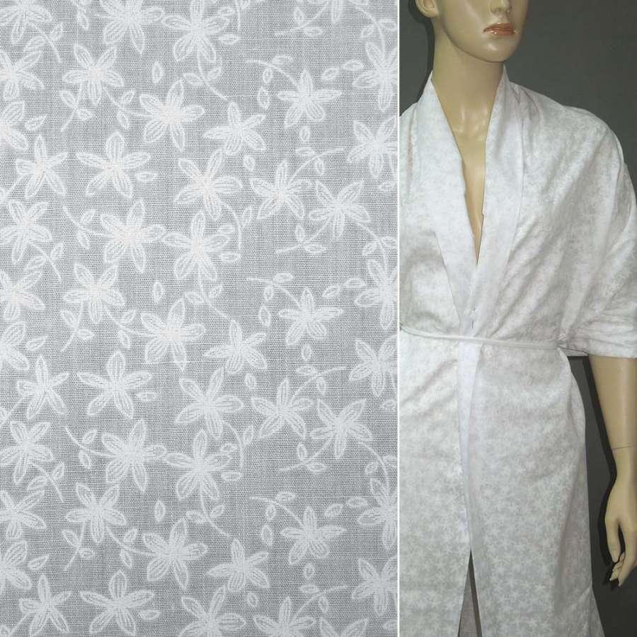 Батист деворе молочный с мелкими цветами ш.140