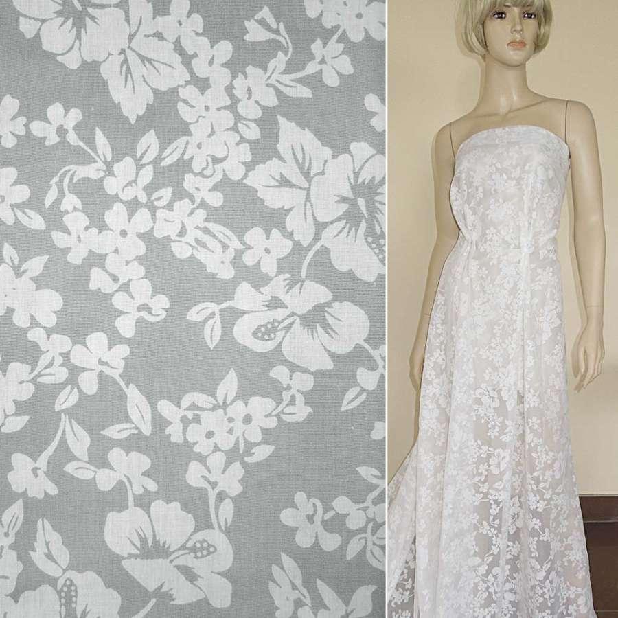 Батист белый с цветами деворе ш.140