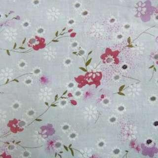 Батист білий в дірочки з рожево-бузковими квітами ш.140