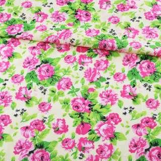 Батист кремовый в розово-малиновые розы, зеленые листья, ш.140