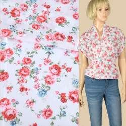 Батист білий в червоні, блакитні троянди, ш.140