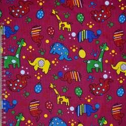 Мікровельвет малиновий з жирафами і слониками ш.112