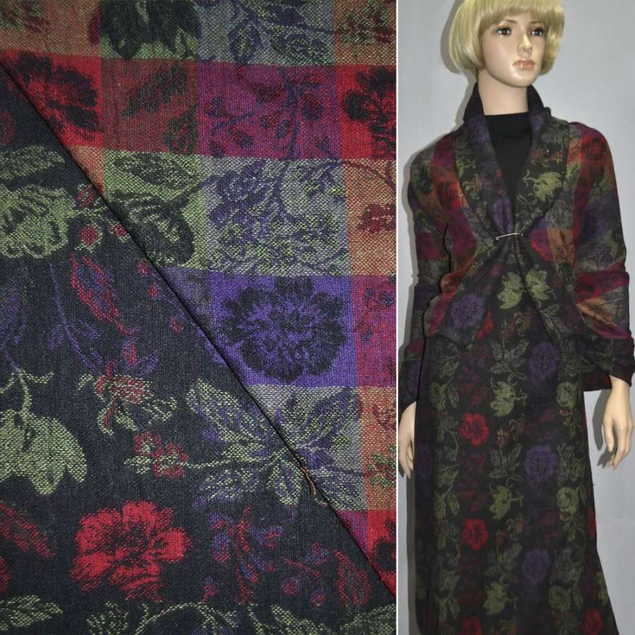 Жакккард чорний з червоними квітами і зеленим листям
