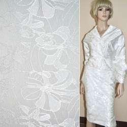 Жаккард костюмный молочный с розами ш.150