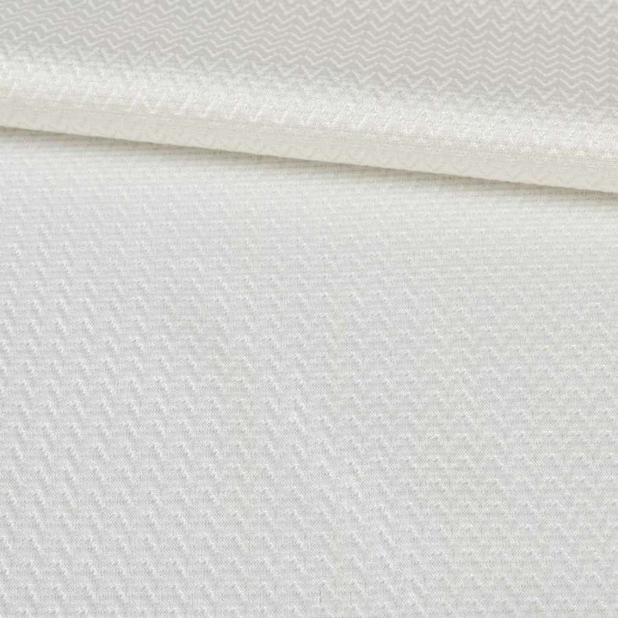 Жаккард белый с блестящей нитью, ш.145