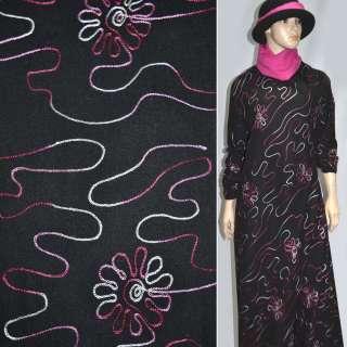 Шерсть  кост.  черная  с  розовой  вышивкой