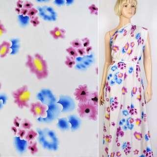 Купра белая в голубые и сиреневые цветы ш.143