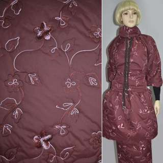 Ткань плащевая стеганая бордовая темная с вышитыми цветами