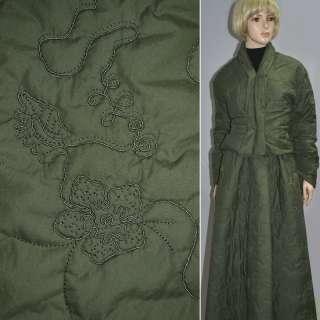 плащевка стег. темно-зеленая с вышив. и цветами, ш.150