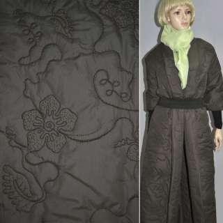 Плащевка стеганая коричневая с вышивкой и цветами, ш.150