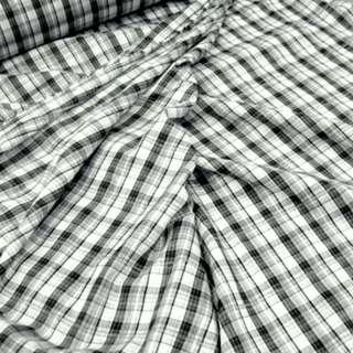 Ткань рубашечная белая в черную клетку с мережкой ш.145