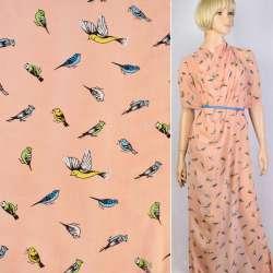 Креп-шифон персиковый в синие, желтые птички ш.150