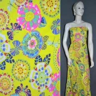 Креп шифон желтый с разноцветными цветами и бабочками ш.148