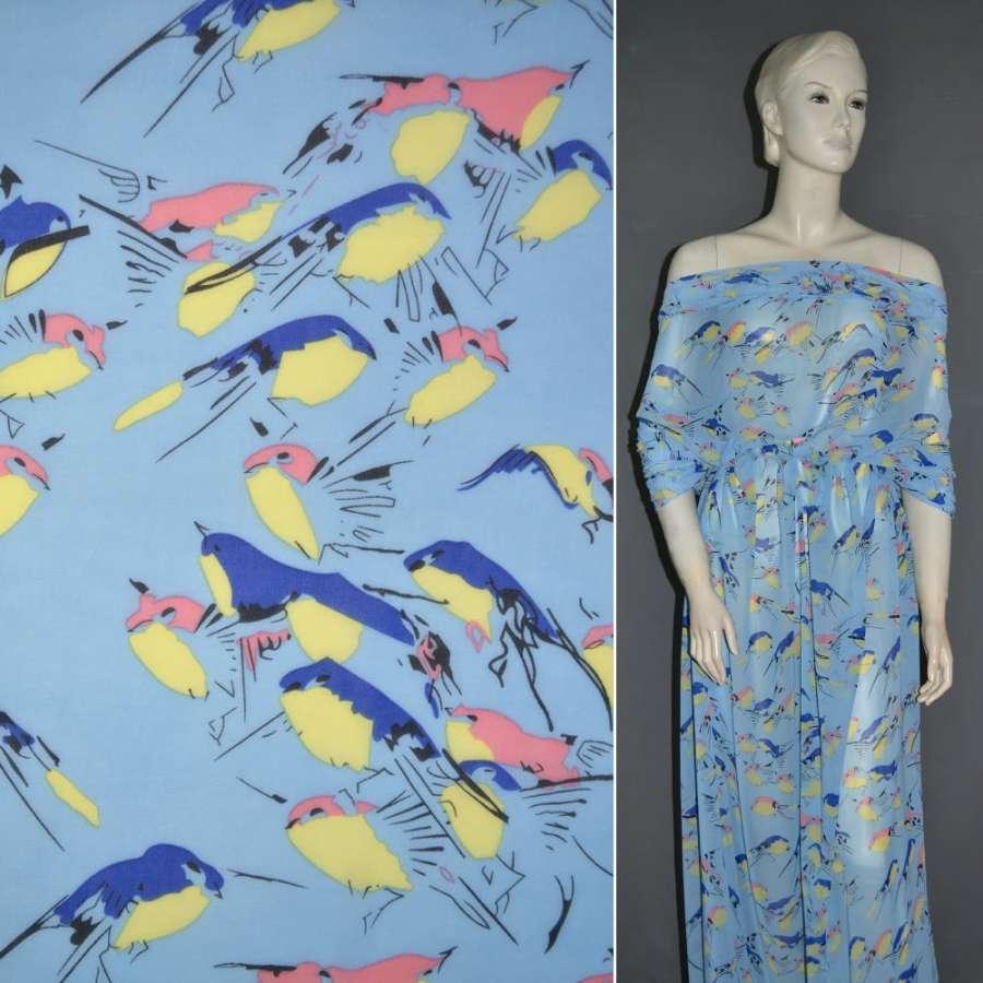 Креп-шифон голубой с попугаями ш.150