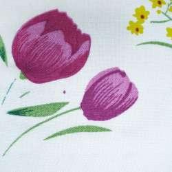 Штапель белый с вишневыми тюльпанами ш.140