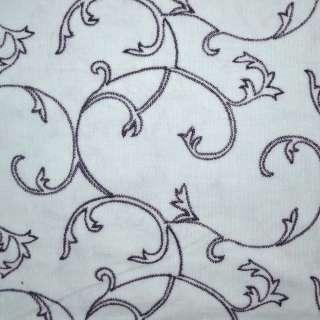 Мікровельвет блідо-блакитний з вишивкою завитки, ш.150