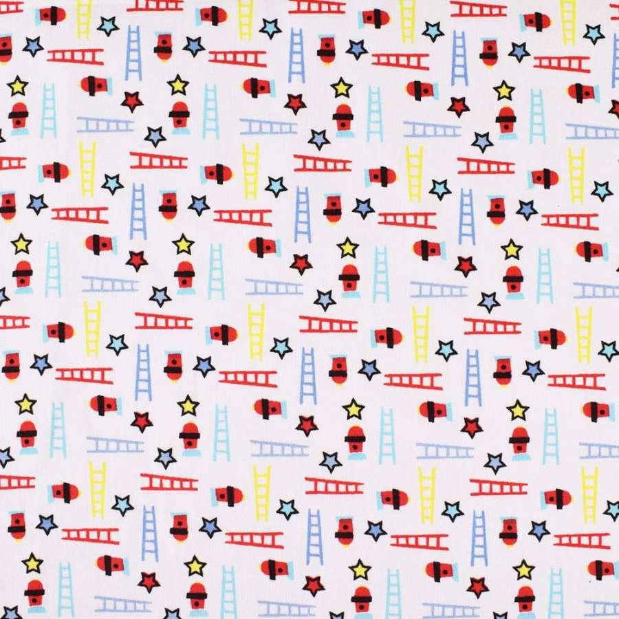 """Коттон """"Druck"""" белый в красные, голубые, желтые звезды и лестницы ш.140"""