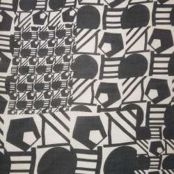 Шелк молочный в черные геометрические фигуры ш.140