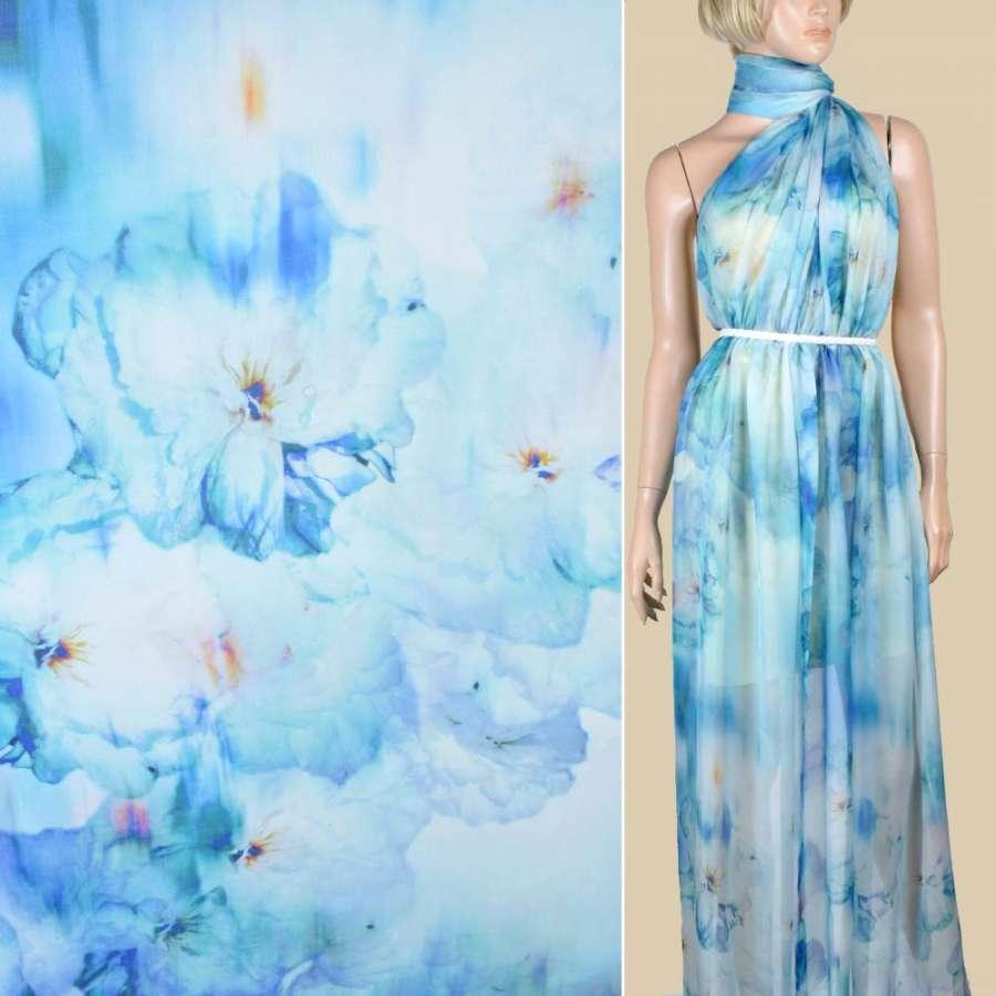 Шелк бледно-голубой с синими цветами ш.137