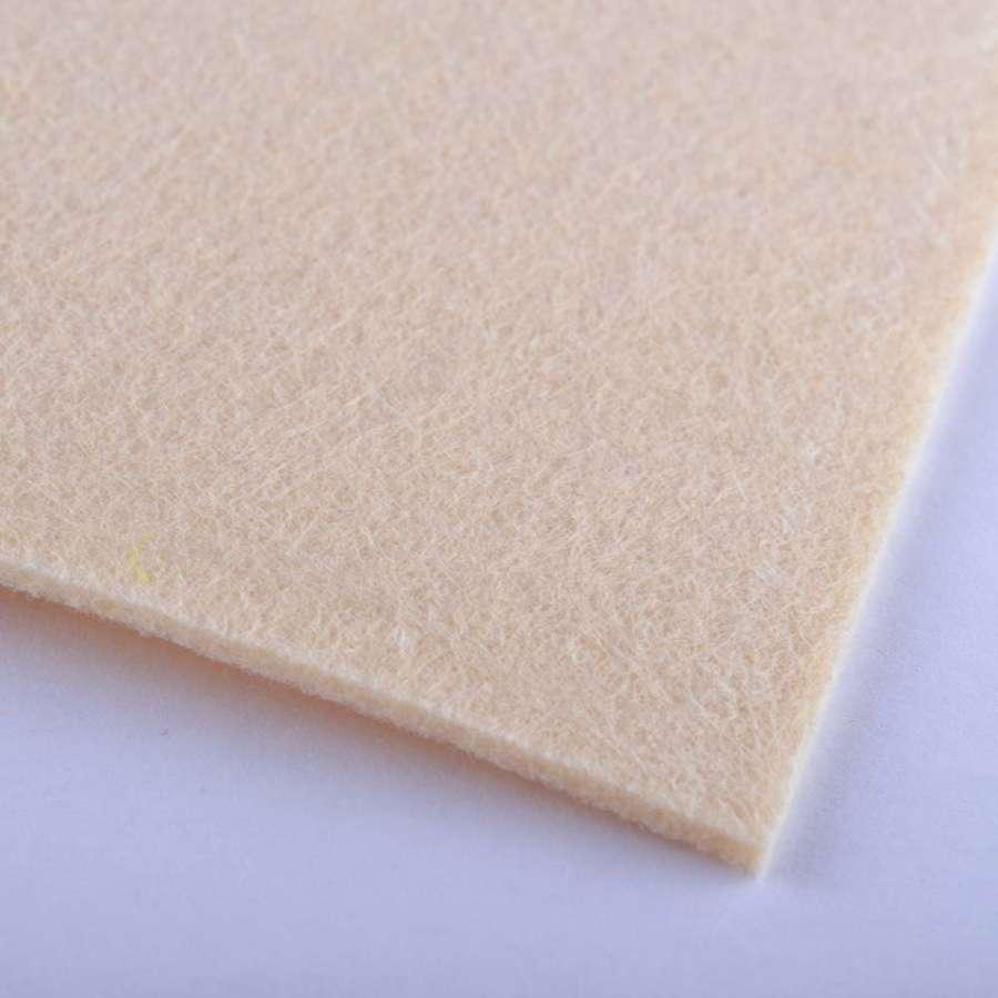Войлок (для рукоделия) пшеничный (2мм) ш.100
