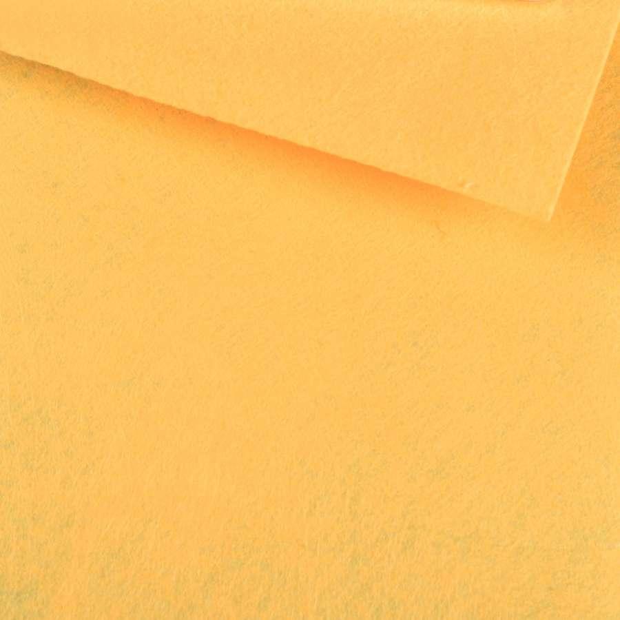 Войлок синтетический для рукоделия оранжевый бледный (0,95мм) ш.85