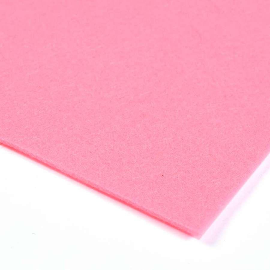 Войлок синтетический для рукоделия (0,9мм) розовый ш.150