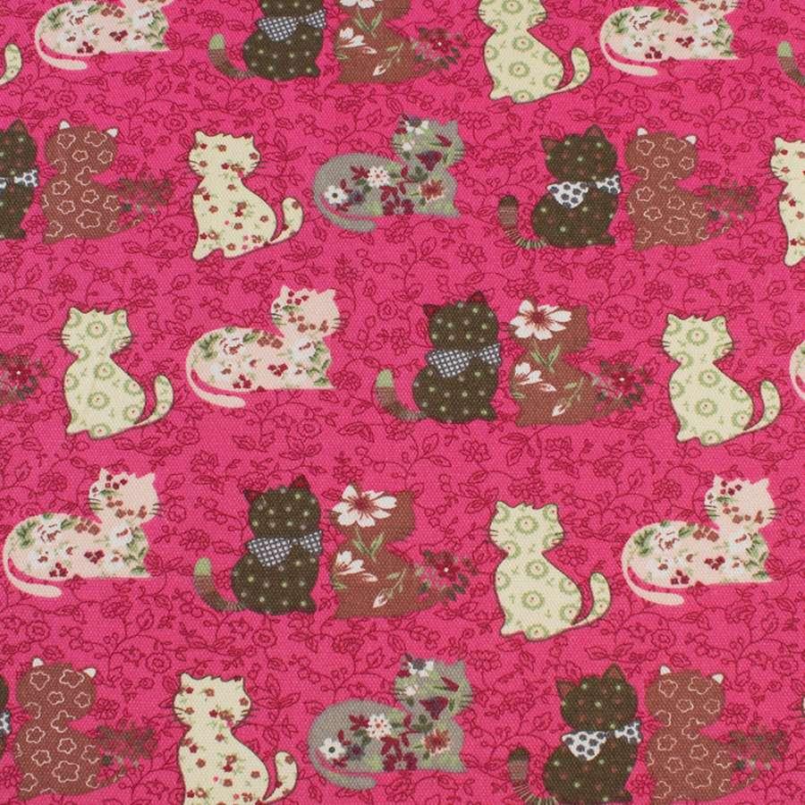 Деко-коттон малиновый в кошки пэчворк, ш.150
