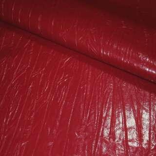 кожа иск. жатая лаке красная, ш.150