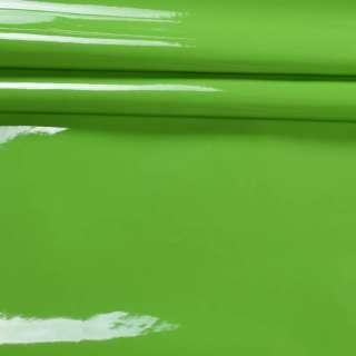 шкіра искусст. лак. зелена на флісі ш.140