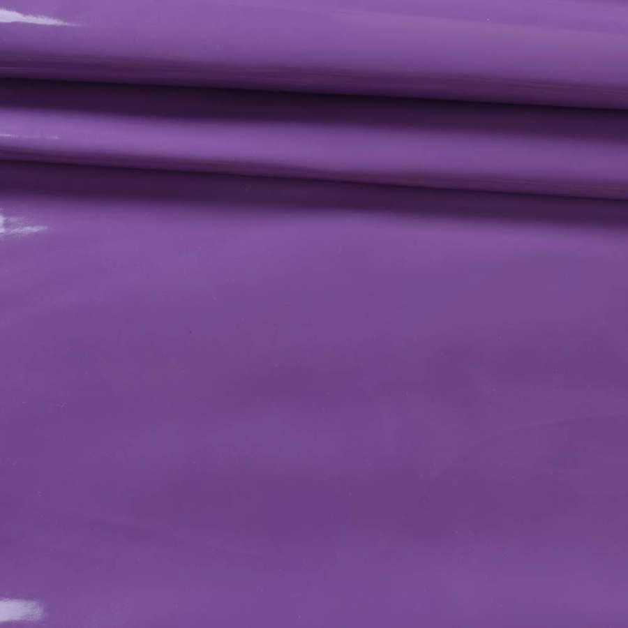 кожа искусст. лак. фиолетовая на флисе ш.140