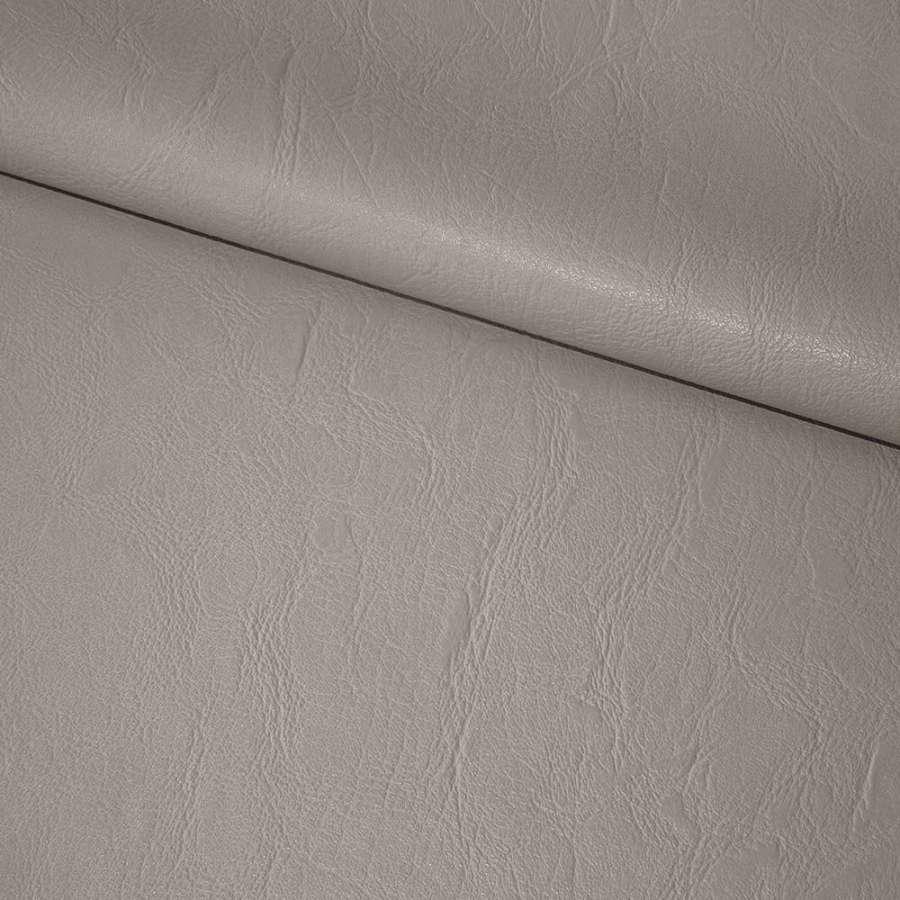 Кожа искусственная светло-серая на флисе ш.135