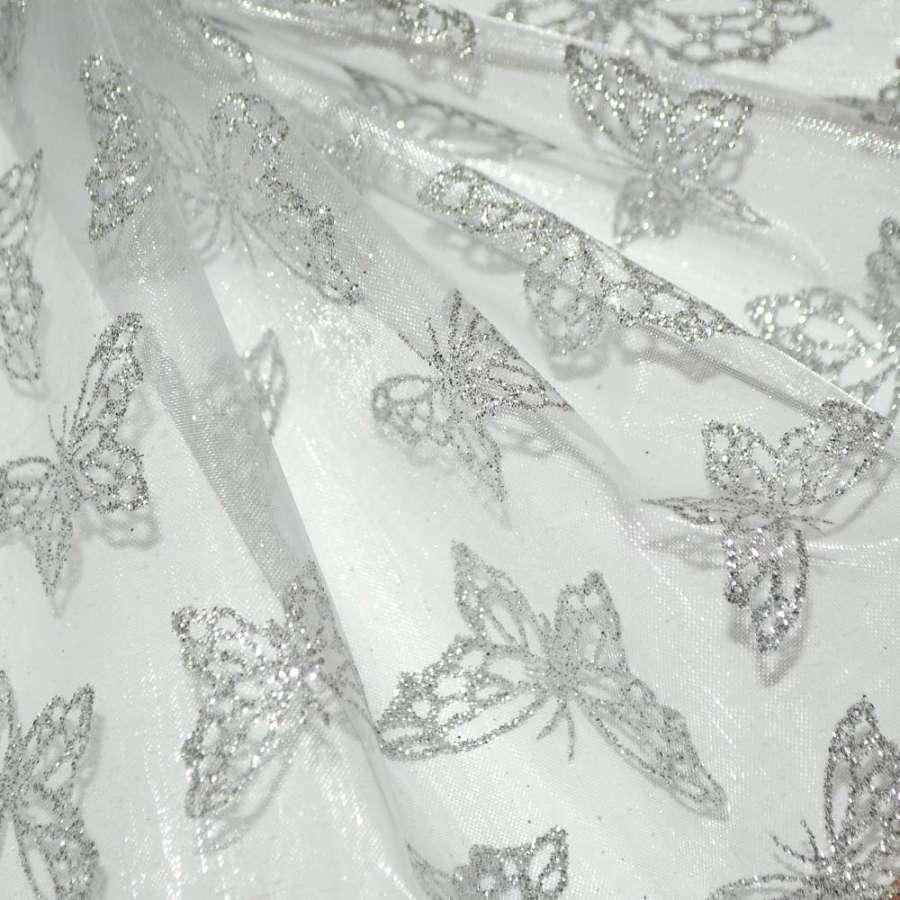"органза молочная с серебр. ""бабочками"" ш.150"