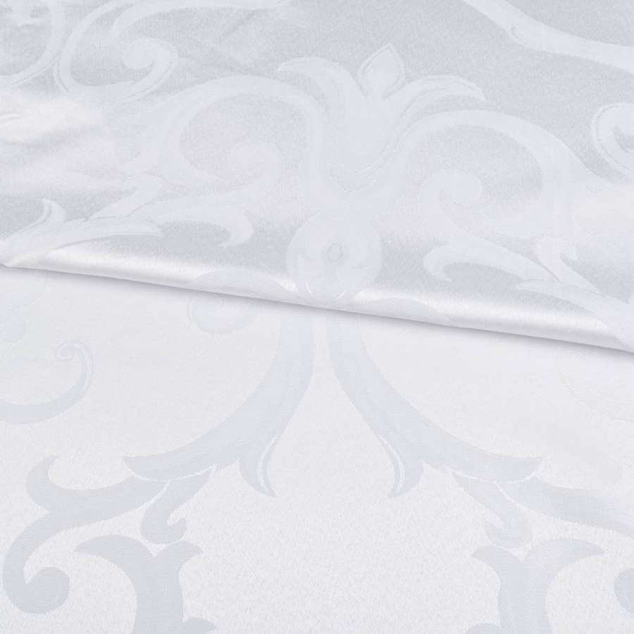Жаккард скатерковий великі завитки білий, ш.320