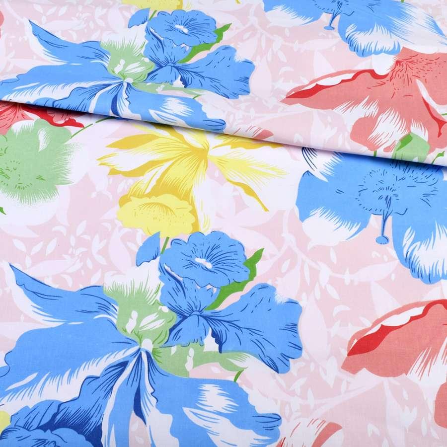 тик белый с красно-синими цветами, ш.220