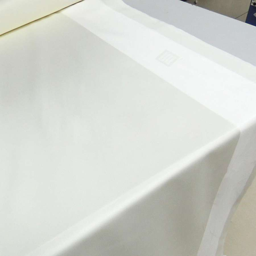 Ткань скатерная кремовая с 2-ст. полосой ш.138