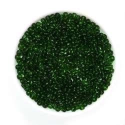 бисер черный с зелён. оттен.
