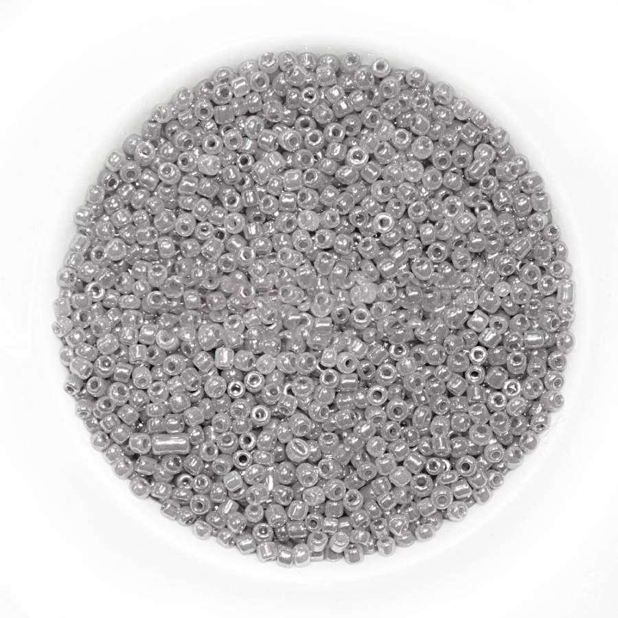 бисер серый