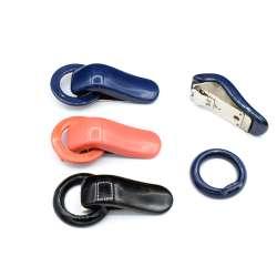 Крючок шубный пластик 70х35мм 3 цвета
