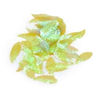 Пайєтка хамелеон листочок 28х10мм 25 г прзрачная зелена