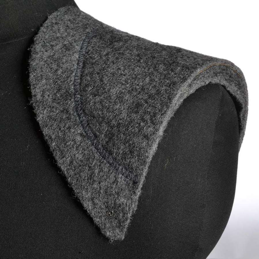 плечевые накладки серые нетканный материал и бортовка 9 слоев 17*160*310