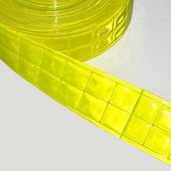Тесьма светоотражающая 5 см квадраты желтая неон