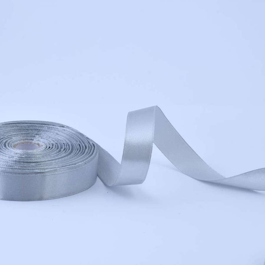 Лента атласная 20мм серая светлая А1-06-003 на метраж (бобина 50яр/77,4г)