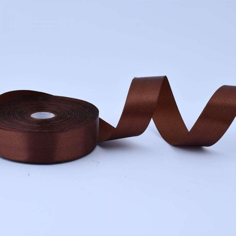 Лента атласная 25мм коричневая А1-08-032 на метраж (бобина 50яр/119г)