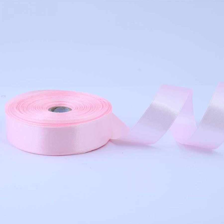 Лента атласная 25мм розовая светлая А1-08-043 на метраж (бобина 50яр/119г)