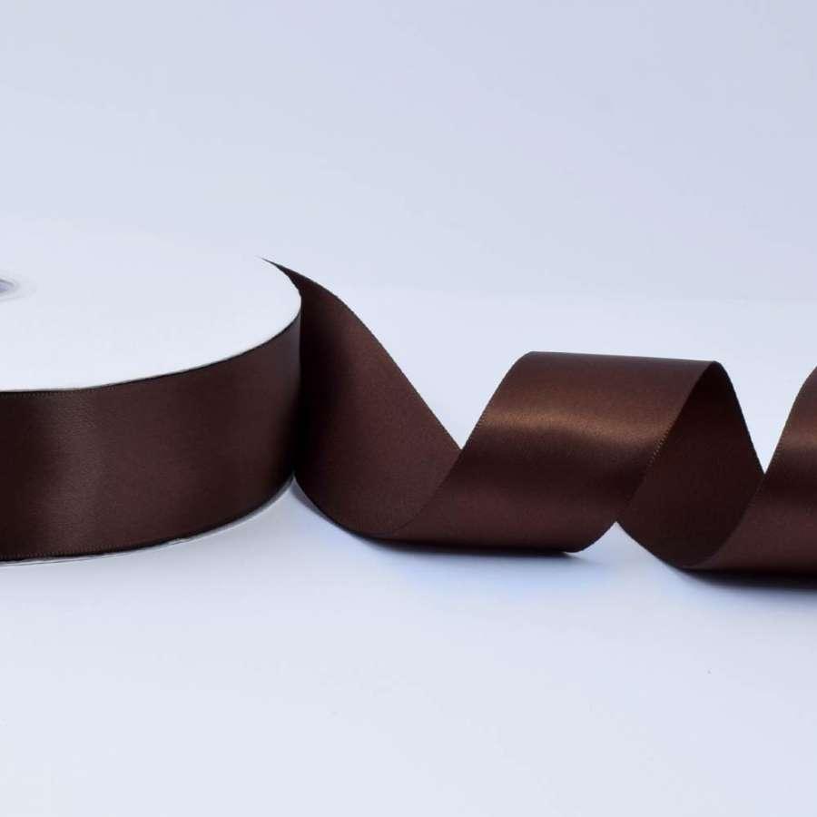 Лента атласная 40мм коричневая темная А2-12-056 на метраж (бобина 100яр/550г)