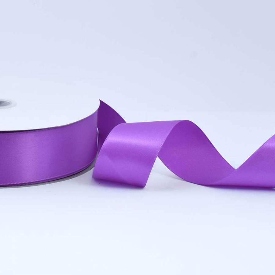 Лента атласная 40мм фиолетовая светлая А2-12-143 на метраж (бобина 100яр/550г)
